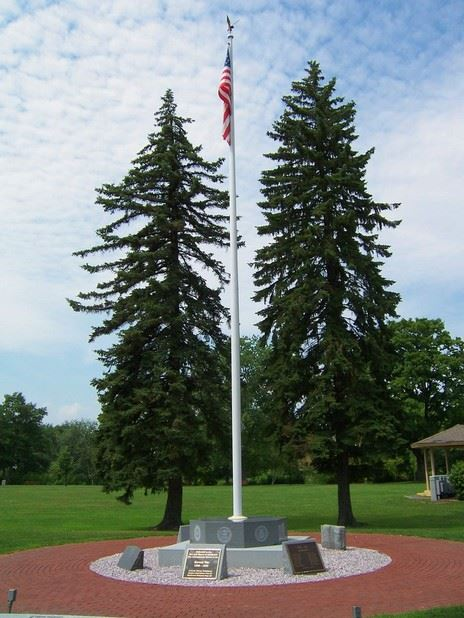 US Flag Pole at Riverbank Park